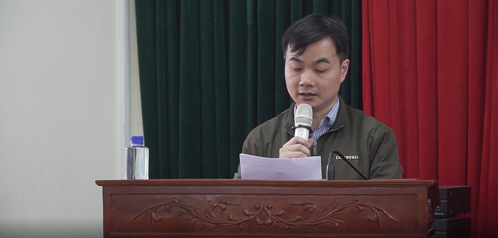 Thầy Bùi Thái Học - Đại diện trường THPT Chuyên Lê Hồng Phong phát biểu tại Hội thảo.